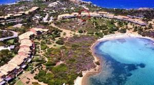 Waterfront appartement te koop in de golf van Marinella