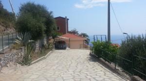 Ruime villa met tuin en zeezicht