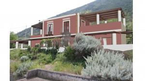 Panoramisch gelegen alleenstaande woning met zeezicht