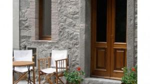 Volledig gerenoveerd 17de eeuws stenen huis op 20 minuten van Lucca