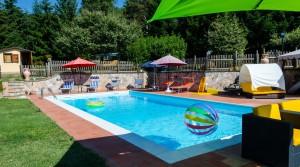 Panoramische villa met zwembad en zicht op het Trasimeense meer