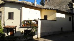Nieuw gebouwde dorpswoning in Gagliano Aterno
