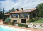 Passignano sul Trasimeno villa met zwembad te koop 1