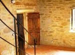 huis te koop in toscane cortona gerenoveerde molen zwembad 12