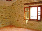 huis te koop in toscane cortona gerenoveerde molen zwembad 24