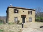 alleenstaand stenen huis cortona toscane te koop 2