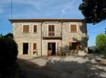 campania castellabata deel van stenen villa te koop 2