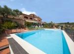 villa met zwembad zeezicht in Imperia Liguria te koop 1