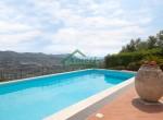 villa met zwembad zeezicht in Imperia Liguria te koop 16