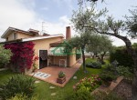 villa met zwembad zeezicht in Imperia Liguria te koop 2
