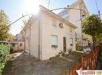 Huis met 2 appartementen te koop in Rimini Emilia Romagna 3