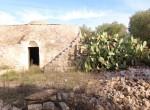 Terrein met te renoveren trulli te koop in Ostuni, Puglia 25