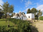 Mooi trullo complex tussen Ceglie Messapica en Martina Franca te koop 1