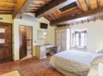 505-farmhouse-with-pool-for-sale-near-Castellina-in-Chianti-16