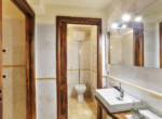 505-farmhouse-with-pool-for-sale-near-Castellina-in-Chianti-21