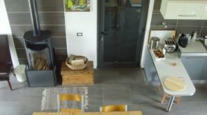 lounge-kichen-upstairs-ok