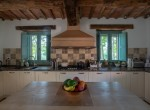 Sant'Angelo in Pontano villa met zwembad te koop 10