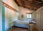 Sant'Angelo in Pontano villa met zwembad te koop 14