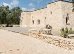 huis met zwembad te koop in San Michele Salentino Puglia 1