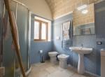 huis met zwembad te koop in San Michele Salentino Puglia 12