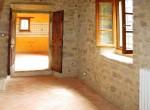 huis te koop in toscane cortona gerenoveerde molen zwembad 11
