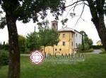 villa met kerkje te koop bij Lucca Toscane 4