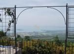 villa met zwembad en uitzicht op het trasimeno meer te koop 1