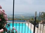villa met uitzicht op het trasimeno meer te koop 22