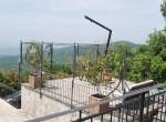 villa met uitzicht op het trasimeno meer te koop 23