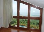 villa met uitzicht op het trasimeno meer te koop 34