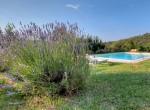 21 gerenoveerd landhuis met zwembad in umbrie