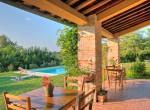 3 gerenoveerd landhuis met zwembad in umbrie