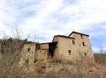 Lequio Berria Piemonte stenen huis te koop 1