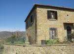 alleenstaand stenen huis cortona toscane te koop 10