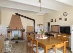 alleenstaand stenen huis cortona toscane te koop 14
