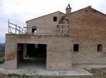 montedinove marche rustico huis te koop 12