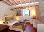 stenen villa met zwembad te koop cortona toscane 12