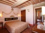 stenen villa met zwembad te koop cortona toscane 13