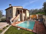 stenen villa met zwembad te koop cortona toscane 2