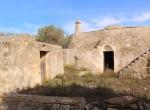 Terrein met te renoveren trulli te koop in Ostuni, Puglia 5