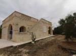 Villa met zeezicht en zwembad te koop in Italie Puglia Carovigno 1