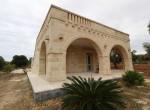 Villa met zeezicht en zwembad te koop in Italie Puglia Carovigno 12