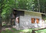 Zeri alleenstaand stenen huis te koop Toscane 1