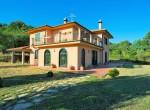 villa met uitzicht op het meer van Bolsena te koop in Lazio 2