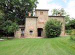 lucignano - stenen villa te koop in toscane italie
