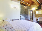 505-farmhouse-with-pool-for-sale-near-Castellina-in-Chianti-12