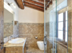 505-farmhouse-with-pool-for-sale-near-Castellina-in-Chianti-17
