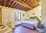 505-farmhouse-with-pool-for-sale-near-Castellina-in-Chianti-18