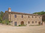 505-farmhouse-with-pool-for-sale-near-Castellina-in-Chianti-2
