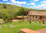505-farmhouse-with-pool-for-sale-near-Castellina-in-Chianti-27